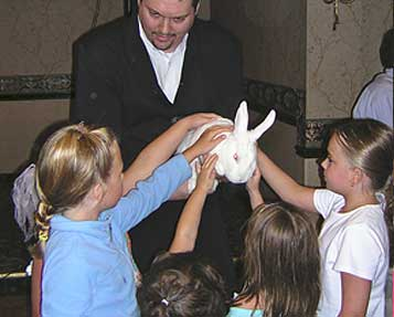 Why Hire a Birthday Party Magician for Grownup Parties?