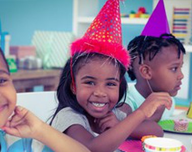 Dress Up a Kid's Party with a Birthday Party Magician